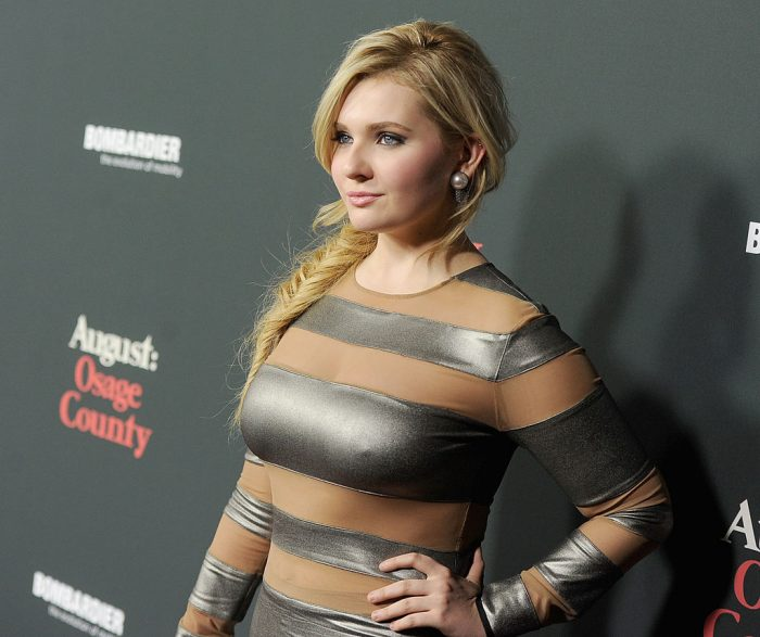 Abigail Breslin Net Worth $16 million