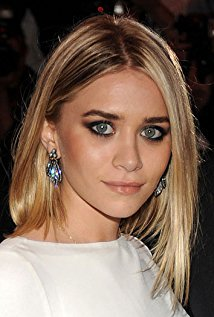 Ashley Olsen Net Worth $200 million