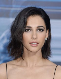 Naomi Scott Net Worth $1 million