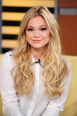Olivia Holt Net Worth $1 million