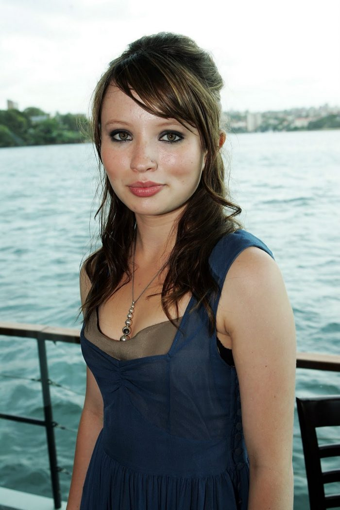 Emily Browning Net Worth $8 million