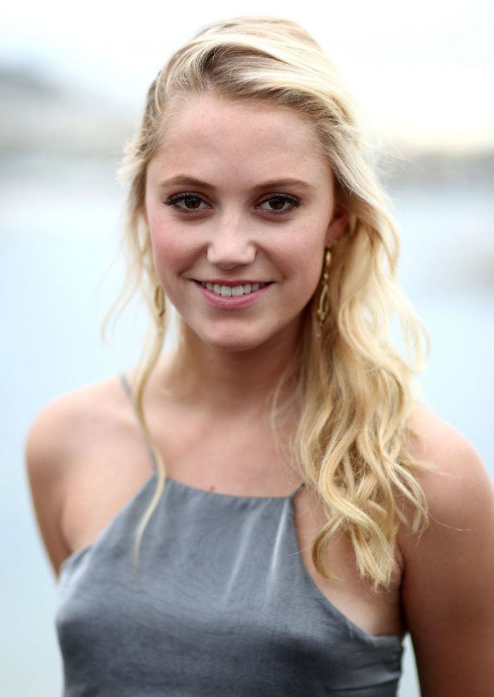 Maika Monroe Net Worth $1 million