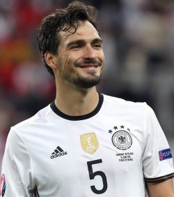 Mats Hummels Net Worth $12 million
